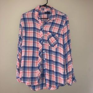 GAP Tops - 🦋 4/$25 Coral, blue & white gap flannel